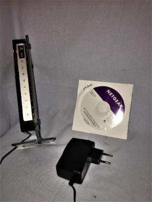 NETGEAR N300 WLAN-Router mit DSL-Modem