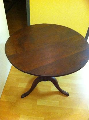Antiker runder Tisch aus Eiche