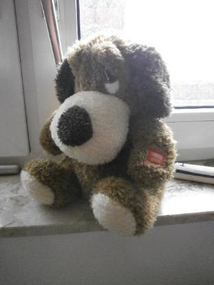 Hund - mit Funktion, 10 € - u. weitere Stofftiere ab 1 €